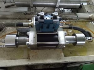60k Flow Water Jet Intensifier for Water Jet Cutting Machine pictures & photos