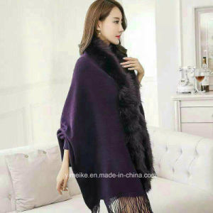 2017 Fashion Imitative Mink Collar Shawls Cashmere Over Size Plain Pashmina Scarf with Sleeve pictures & photos