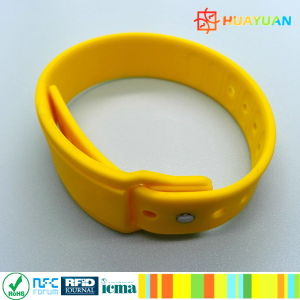 HUAYUAN WS-28 Wearable NTAG213 Payment Silicone RFID Wristband pictures & photos