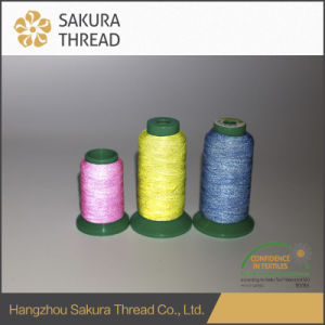 Customized Polyester Reflective Thread with Oeko-Tex100 1 Class pictures & photos