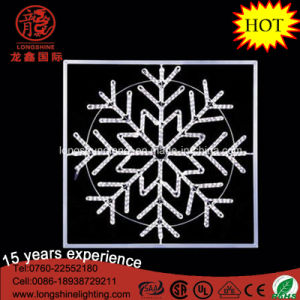 LED Outdoor Silhouette IP65 White 40cm Snowflake Pendant Rope Christmas Light pictures & photos