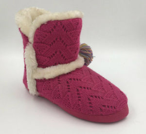 Lds Rose Red Knit Indoor Pompom Boots pictures & photos