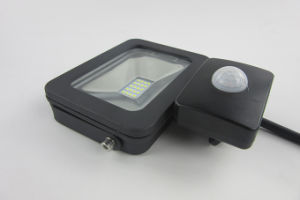 IP65 Waterproof Outdoor PIR 10W LED Floodlight with Motion Sensor (SLFAP5 SMD 10W-PIR) pictures & photos