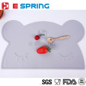 Bear Design Food Grade Silicone Kids Placemats Flexible Baby Dining Mats pictures & photos