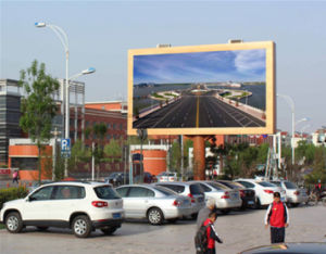 Outdoor Full Color Giant Screen LED Display Board for Advertising pictures & photos
