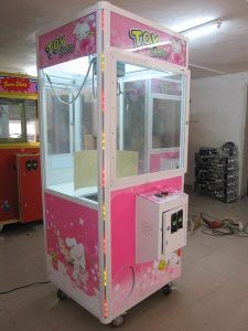The Luxurious Crane Toys Gift Machine Prize out Claw Machine pictures & photos