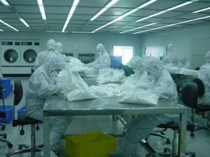 Factory Offer Cleanroom Ployester Microfiber Wiper 1006le pictures & photos