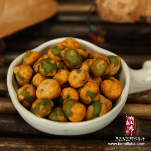 White Wasabi Coated Green Peas pictures & photos