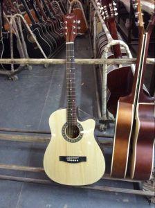 Aiersi Factory Wholesale Cheap Student Colourful Electrical Acoustic Guitar Sg028c pictures & photos