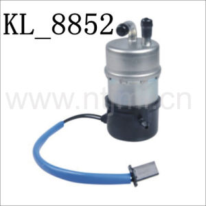 High Quality Mechanical Pump for Motorcycle (UC-Z10A-N-9-1; 16710-HA7-672) with Kl-8852 pictures & photos