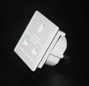 USA Travel Adaptor Can Pass BS8546 pictures & photos