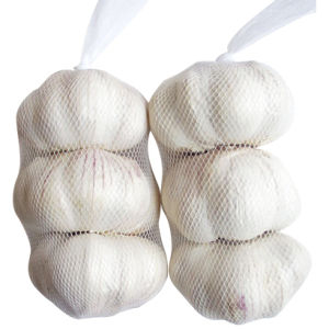 Fresh Pure White Chinese Garlic (4.5CM, 5.0CM, 5.5CM AND UP) pictures & photos