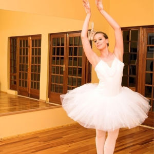Romantic and Classical White Classical Professional Ballet Tutu pictures & photos