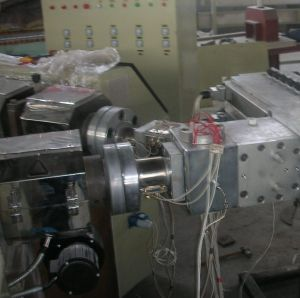 Extruding Machine PP/PE/ABS/PS Sheet/ Plate/Board Extrusion Line (SJ120) pictures & photos