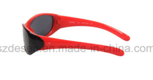 Hot Sell Fashion Cool Sport Wholesale PC Kid Sunglasses pictures & photos