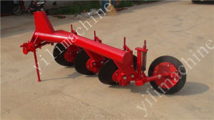Hot Sale 3 Disc Plough for 4 Wheels Tractor pictures & photos