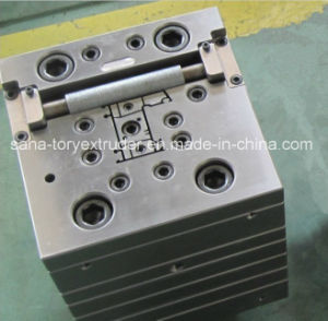 Newest Technology Plastic PVC Window Profile Extrusion Mould pictures & photos