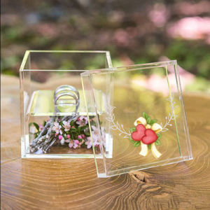 Acrylic Wedding Accessories Display Box pictures & photos