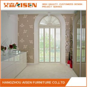 L Frame Inside Window/ Door Decoration Wooden Sunburst Plantation Shutters pictures & photos