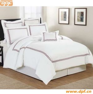 Simple Embroidery Design Hotel Bedding Sets pictures & photos