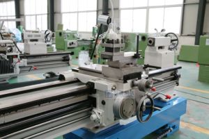 Horizontal Gap Bed Lathe (Gap Bed Lathe Machine CA6140 CA6240) pictures & photos
