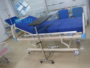 China Manufacturer Single Function Manual Hospital Bed with Factory pictures & photos