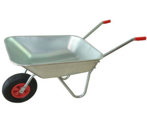 Construction Tool Galvanized Tray Wheelbarrow with Pneumatic Wheel pictures & photos