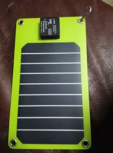 2mm Super Thin Solar Mobile Power Foldable Phone Charger with TUV Certification pictures & photos