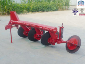 Tractor Mounted One Way Pipe Disc Plough Implement for Sale pictures & photos