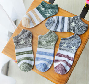 Factory Thin Cotton Star Ethnic Wind Good Quality Fashion Hot Sale Men′s Socks pictures & photos
