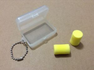 Soft Feeling Foam Earplugs in Cylinder Shape pictures & photos