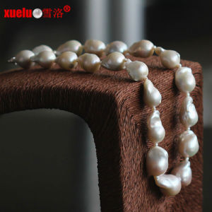 Fashion High Quality Big Nucleated Baroque Natural Pearl Necklace Jewellery (E130086) pictures & photos