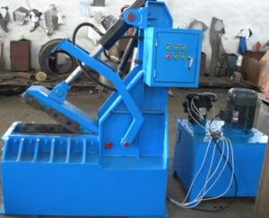 Qdj Car Truck Waste Tire Cutting Machine Tire Recycling Plant pictures & photos
