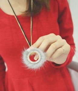 2013 Rhinestone W/Fur Necklace Fashion Jewelry (MOS-NA03307)