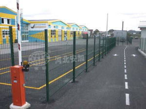 PVC Coated Welded Wire Mesh Fence for Road pictures & photos