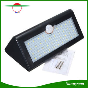 Best Quality 38PCS LED Outdoor Lighting LED Security Lights Motion Sensor Solar Power Wireless Outdoor Lamps pictures & photos
