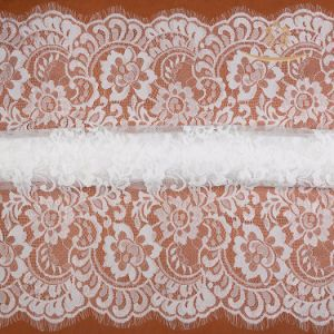 White Chantilly Lace Scroll Border Embroidery Floral French Lace Fabric for Wedding Dress pictures & photos