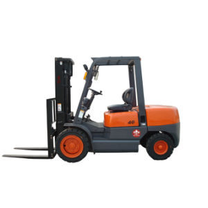 4ton Gasoline Forklift with Nissan K25 Engine pictures & photos