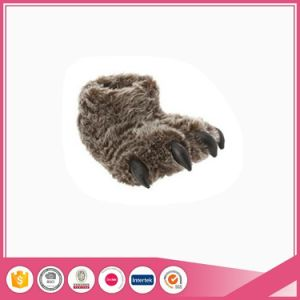 Big Foot Style Animal Monster Indoor Slipper pictures & photos