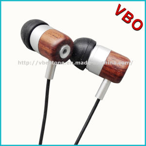 Wooden in-Ear Stereo Earphone for MP3 pictures & photos