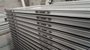 Aluminum Door- with Grid pictures & photos