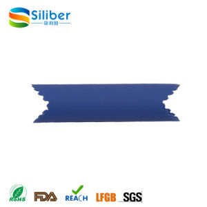 2017 New Design Factory Wholesale FDA Standard Silicone Garlic Peeler for Sale pictures & photos
