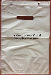 LDPE Die Cut Carrier Bag Door Knob Die Cut Bag Patch Handle Bag Poly Die Cut Bag Boutique Bag Poly Handle Bag Shopping Bag Garment Bag Carrier Bag pictures & photos