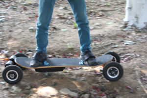 Electric Boosted Longboard Skateboard Wireless Remote pictures & photos