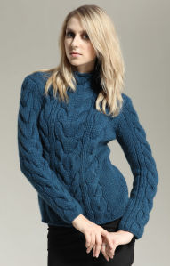 Hand Knit Sweater Cardigan Apparel Dress Sweatshirt Pullover Camisola pictures & photos