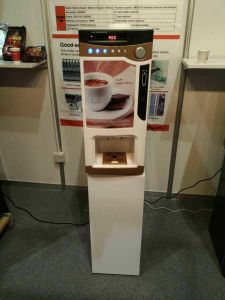 for Peru Hot Cafe/Coffee/Tea/Drink Vending Machine F303V pictures & photos
