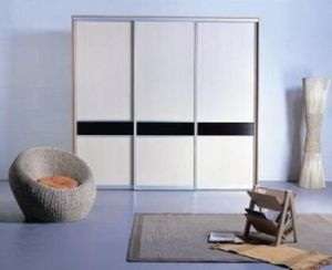 Can Customize Cheap Modern Simple Sliding Wardrobe MDF (SZ-WDP01) pictures & photos