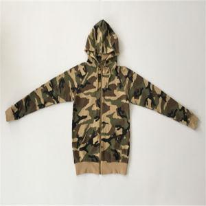 Man Zip up Pocket Coat in Man Hoodie pictures & photos