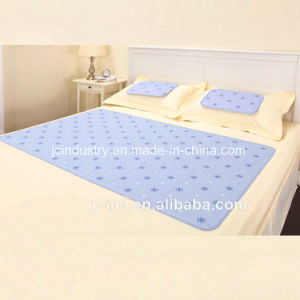 Cooling Gel Mat for Bed Sleeping pictures & photos