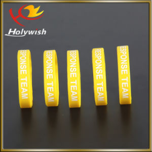 Professional Silicon Wristband for Promotion Christmas Gift pictures & photos